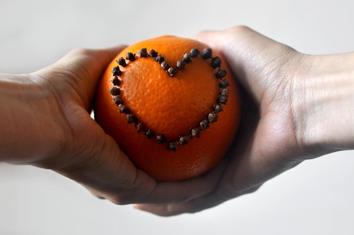 bebuszka Święta Boże Narodzenie Pomarańcza Goździki Monika Widocka