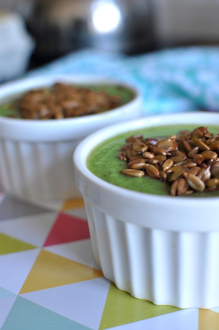 Przepis na zupę krem brokułowy. Zdrowe przepisy na szybką zupę.
