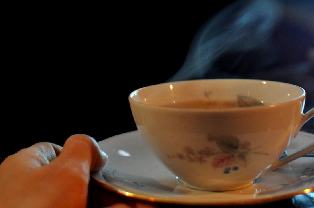Zimowa herbata w filiżance. Slowlife. bebuszka